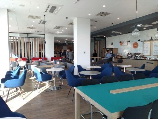 Otwarto nowy hotel w sąsiedztwie Portu Lotniczego Rzeszów-Jasionka [FOTO] - Aktualności Rzeszów - zdj. 13